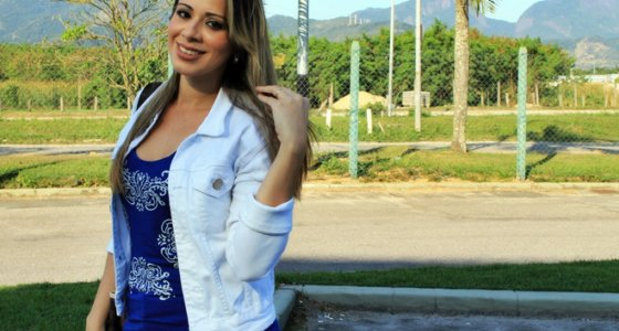 Look do dia: Regata azul estampada