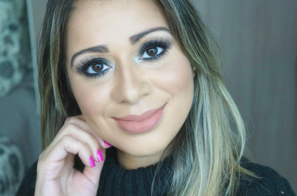 Maquiagem -olho -preto -esfumado