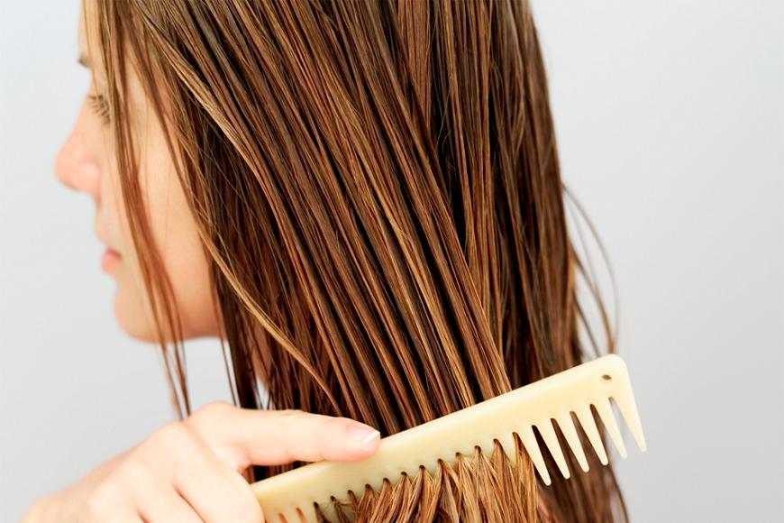 Dez mitos e verdades sobre como cuidar dos cabelos Natura