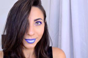 tutorial_de_carnaval_la´bios_degradê_ombre_lips_blog_paula_souza_maquiagem_glitter_batom_azul_máscara_azul